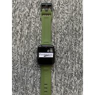 Green iWatch Silicone Strap With Metal Lock Compatible with Series Se/6/5/4/3/2/1